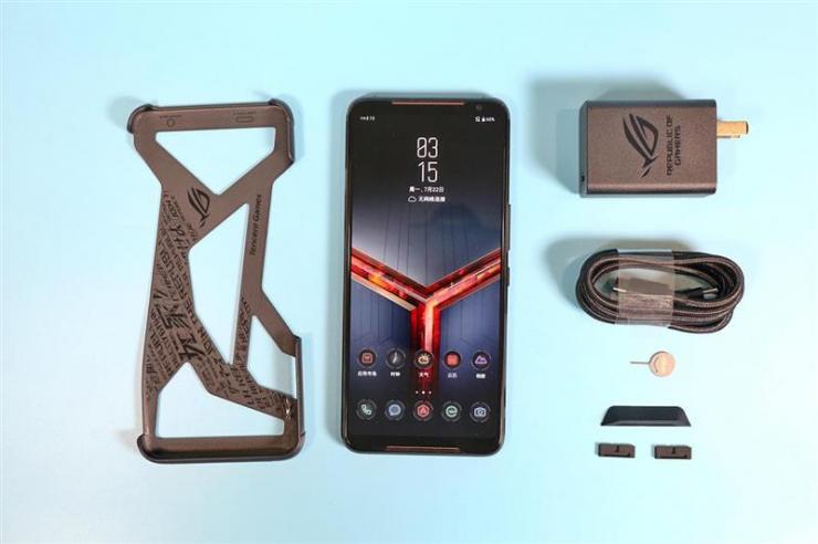 ROG游戏手机2,游戏爱好者的必备手机