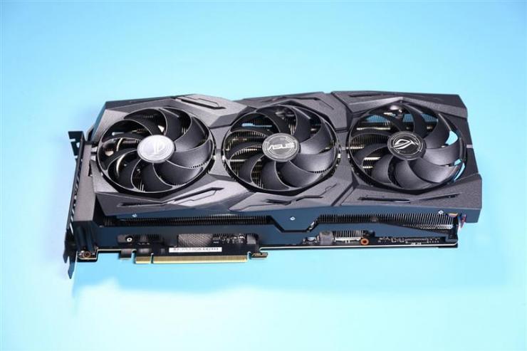 华硕ROG Strix RTX 2080 Ti显卡测评,超频性能能否令人满意?