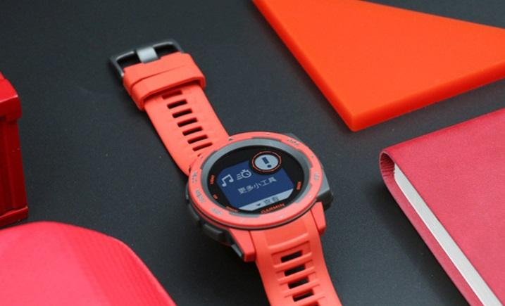 GARMIN INSTINCT智能手表,运动+时尚