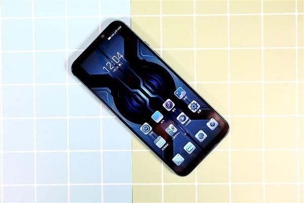钱包抖一抖,黑鲨游戏手机2 Pro就到手