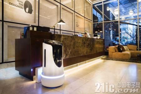 智能商用服务机器人Run