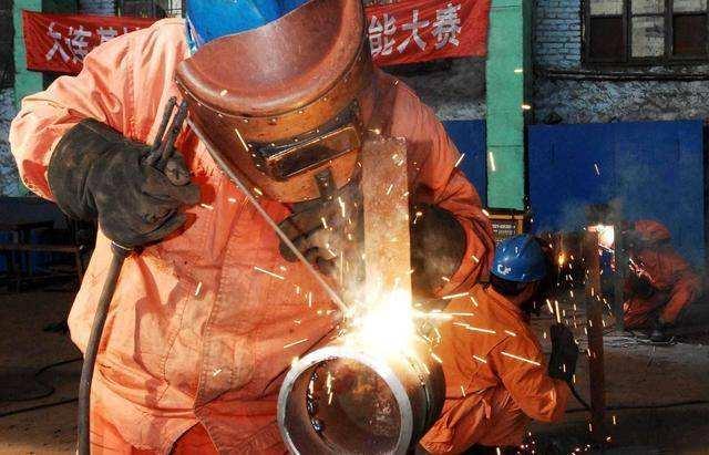 迈进电焊技术殿堂(一),电焊技术之薄板焊接变形问题