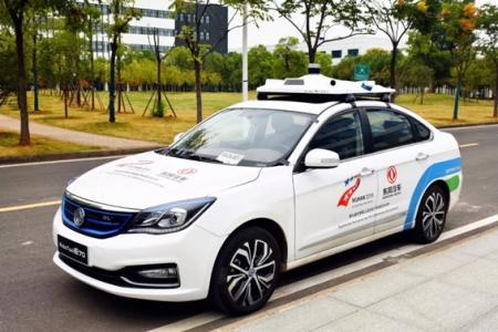 东风汽车获颁武汉市第一张自动驾驶汽车路测牌照