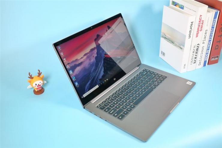 小米笔记本Pro 15增强版,镁合金骨架,超美