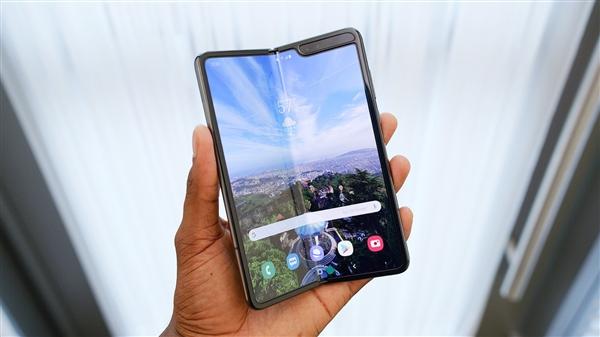 三星W20 5G,新款折叠手机