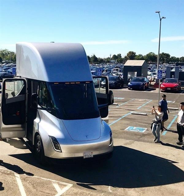 特斯拉正式实锤:城市纯电动巴士将成下一款产品