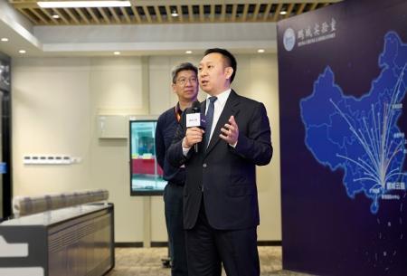 华为智能计算业务部总裁马海旭介绍Atlas 900