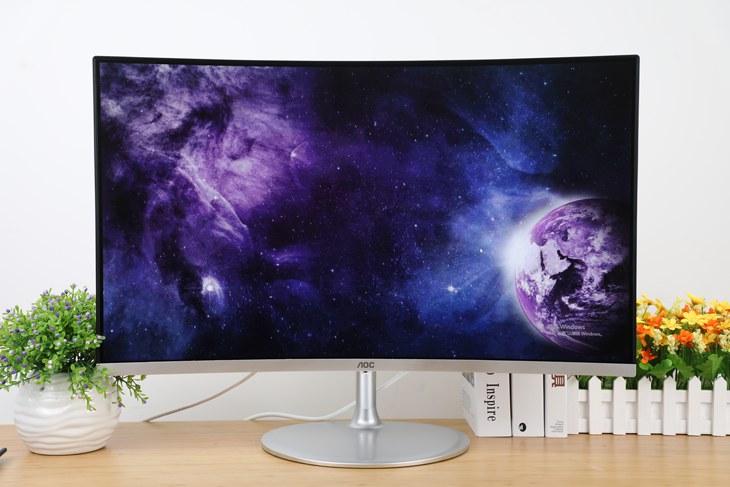 C32V1QDS显示器:超窄框+完美曲面
