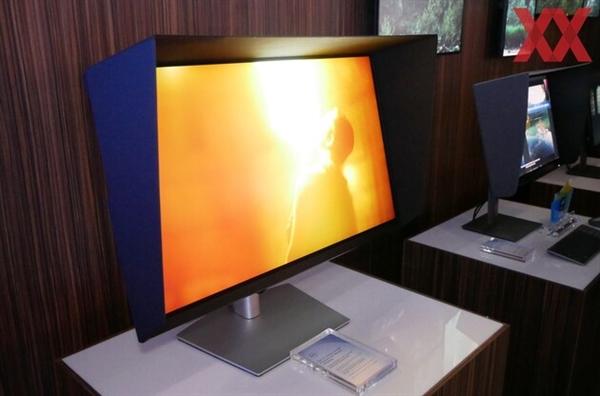 Dell UP3221Q显示器,HDR效果惊艳