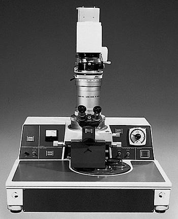 日本首台半导体光刻机长啥样? 竟然和相机有点像!