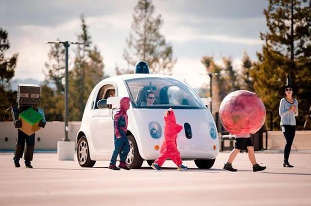 谷歌无人驾驶汽车万圣节外训 将加强儿童辨识能力
