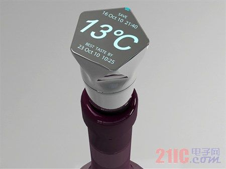 安装温度传感器的葡萄酒塞 利于读取数据