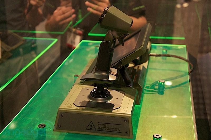 Razer 发布 Artemis 概念控制器,为 MechWarrior Online 而来