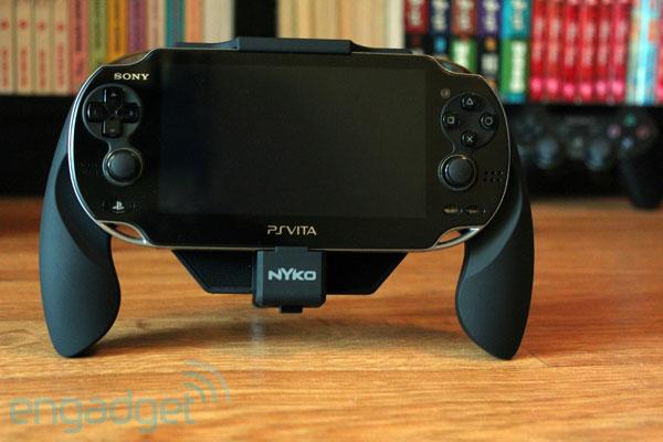 Nyko Power Grip 主站简单评测,为 PS Vita 打造的后背电源底座