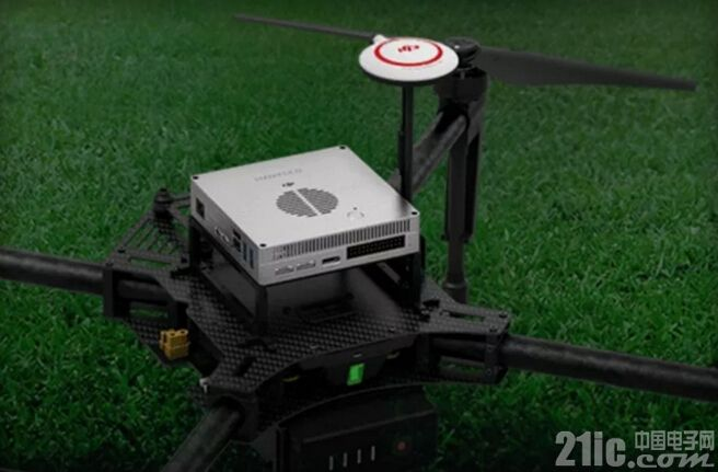 无人机要逆天:大疆推出Manifold机载超级电脑