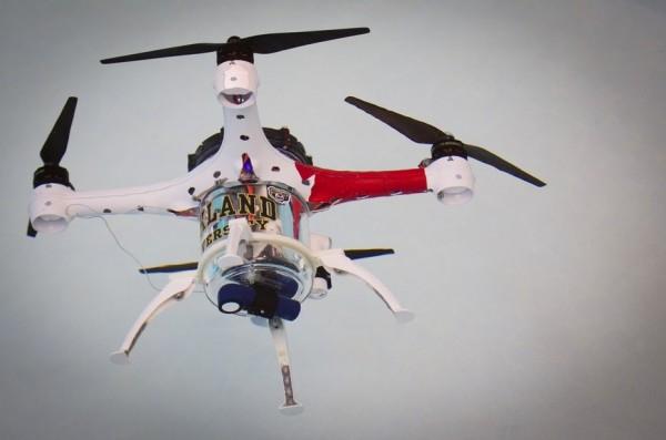水里也可以玩无人机 还能实时上传视频