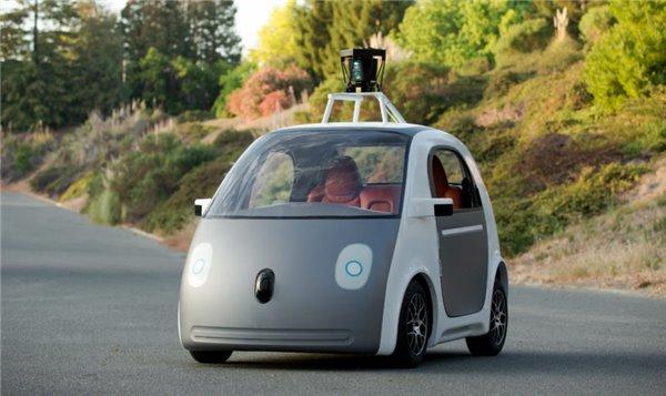 谷歌老司机等不及:赶紧让无人车上路!