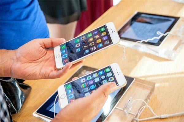 """智能手机""""钱""""景不再:大家都爱买便宜的"""