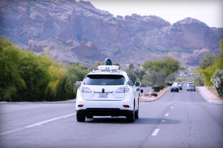 拒绝马路杀手!谷歌无人驾驶开进了沙漠