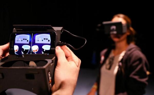 有些人用虚拟现实玩,有些则用来学习!
