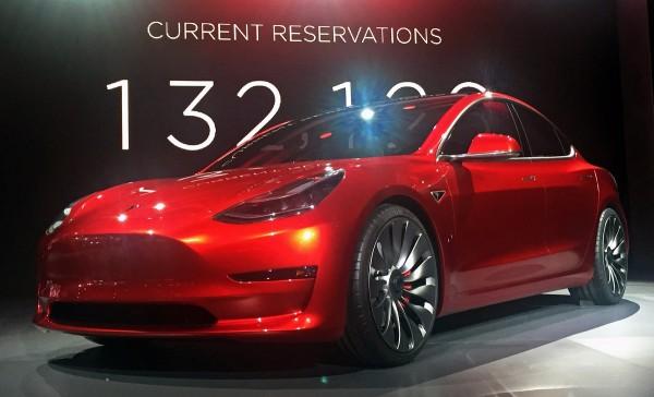 松下悲剧了!特斯拉Model 3将偏向于韩系厂商