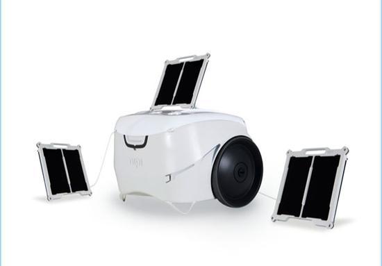 户外必备神器!太阳能充电器冰箱图片