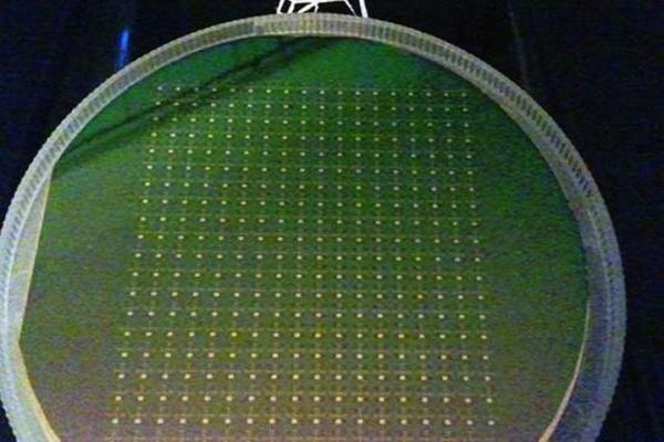 高端大气!这家公司用钻石来造处理器CPU