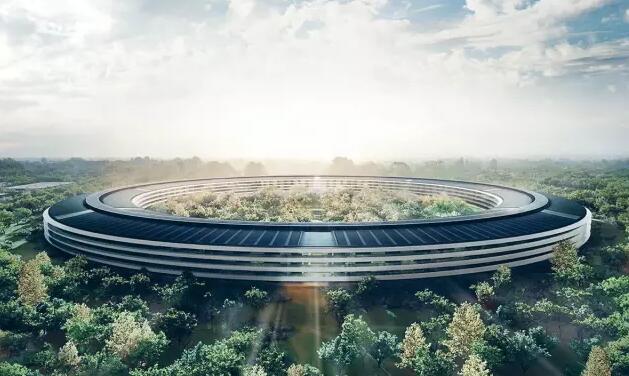 """炫酷!乔布斯生前设计的""""苹果总部""""即将落成了!"""
