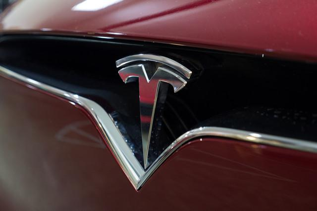 买不起Model S?特斯拉说可以便宜租给你