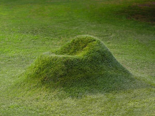 想要与大自然亲密接触?种一把长在草坪上的椅子