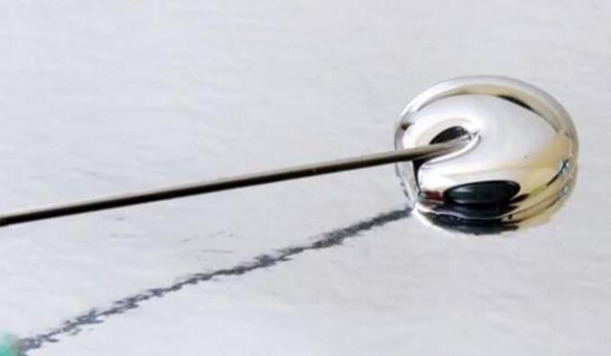 """澳洲研究人员提炼神奇液体 或将诞生液态金属""""终结者"""""""