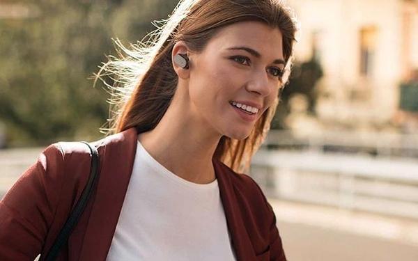 Xperia Ear :动动脑袋就能控制的索尼智能耳机