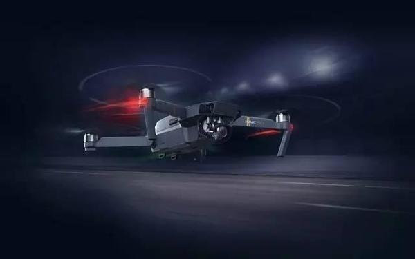 御 Mavic Pro:大疆史上最迷你可折叠无人机