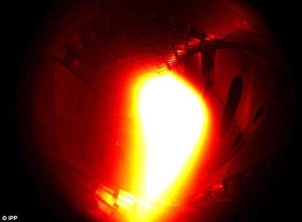 """德国""""仿星器""""试验成功:模拟太阳内部环境"""