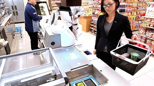 自动结账、打包,松下的这个机器人收银员已经实装了