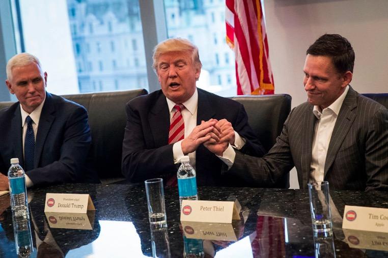 """他是特朗普身边的大红人,却又被评为""""对互联网最危险的人"""""""