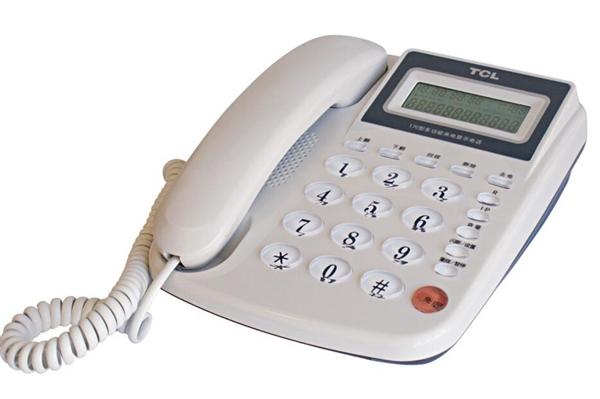 奇怪! 为啥电话和计算器键盘的顺序是相反的?