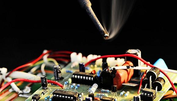 白宫最新报告称:中国芯片发展已经对美国公司造成威胁