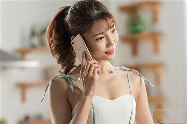 5000mAh电池!华硕发布ZenFone飞马3S:随便虐两天