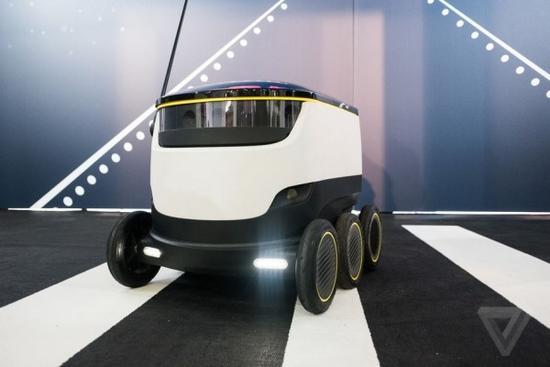 外卖员快要失业啦 六轮机器人将开始在美国送餐