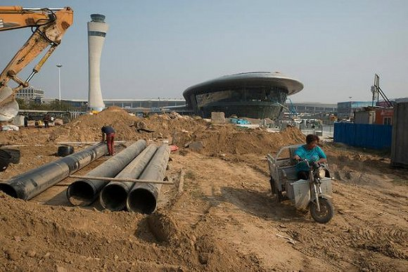"""出产全球近一半iPhone的郑州""""苹果城""""是怎样炼成的?"""