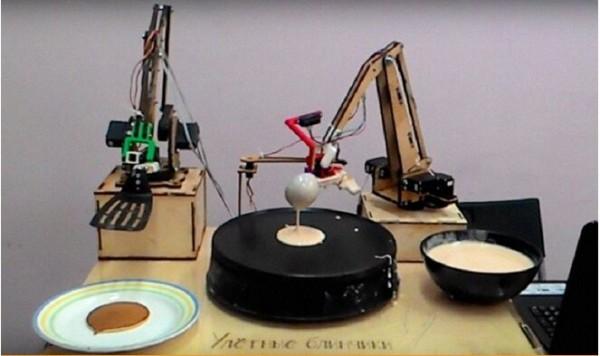 莫斯科启用首款烙饼机器人迎接谢肉节
