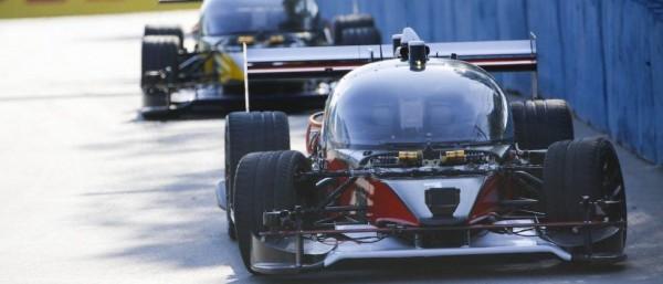 无人驾驶赛车Roborace完成首场比赛测试