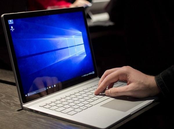 英镑贬值严重,微软也坐不住了:Surface Book售价上调