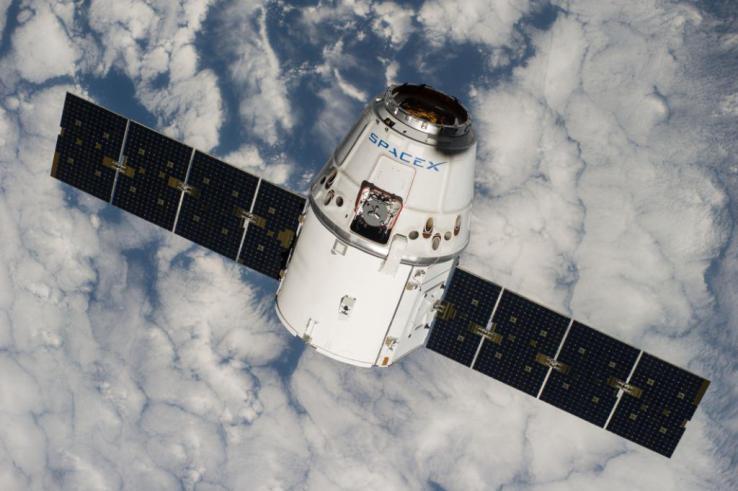 Space X龙货运飞船与国际空间站对接失败!无人员受伤