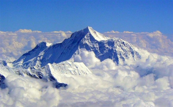 世界最高Wi-Fi!珠穆朗玛峰顶也能发自拍了