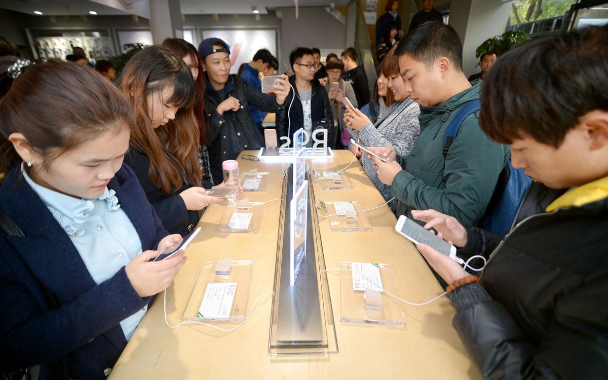 中国智能手机市场的 2016:OPPO 出货量暴涨,问鼎第一