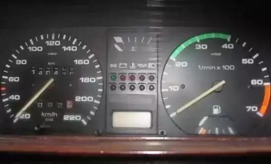 让汽车省油的7大秘籍,老司机们赶紧学起来!