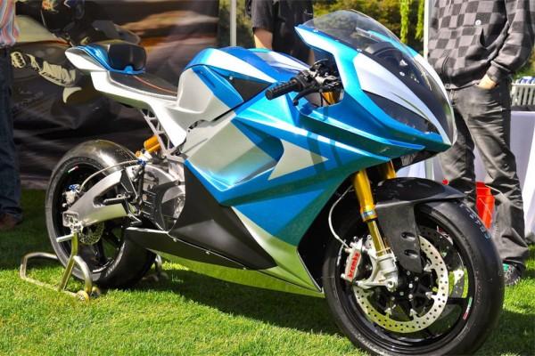 Lightning欲打造续航最长电动摩托 充一次电跑805公里