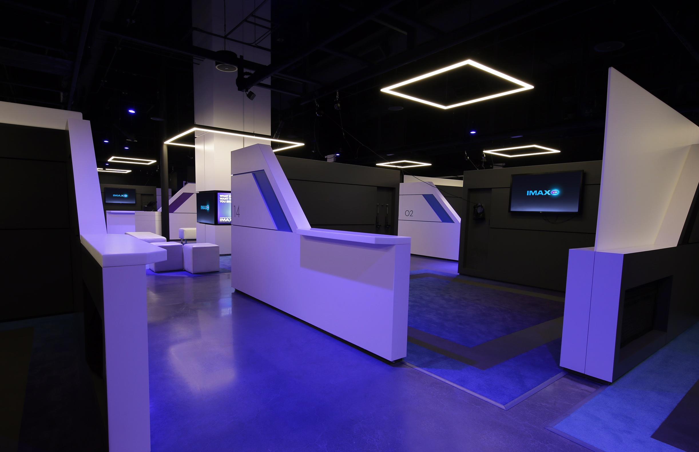 中国首个 IMAX VR 体验中心将在上海试点,玩着看电影你会去试吗?